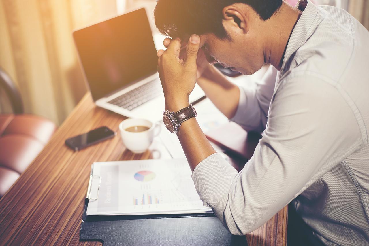iş yerinde stres, stresli çalışan